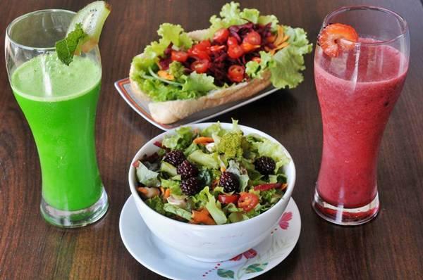 Abuse dos sucos e saladas