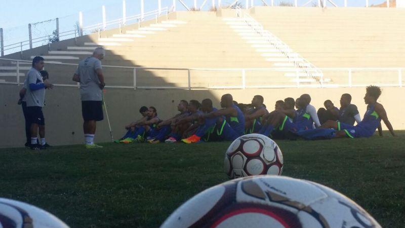 CSA realiza último treino em Minas Gerais.