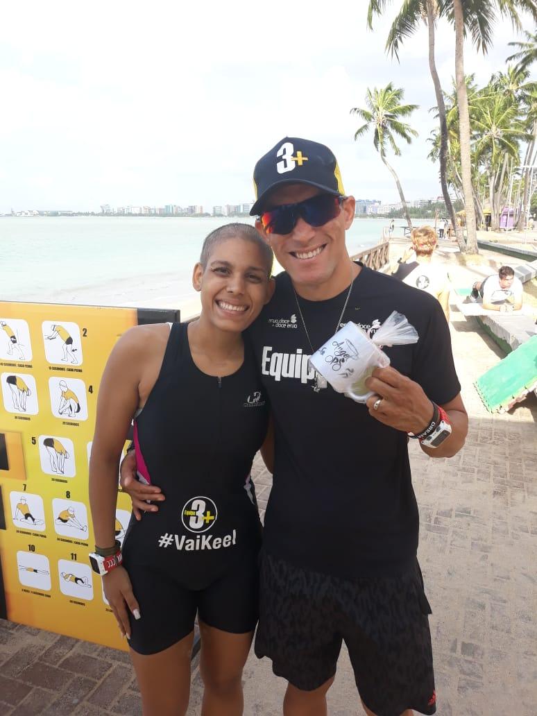 Keel e o treinador Rafael Padilha