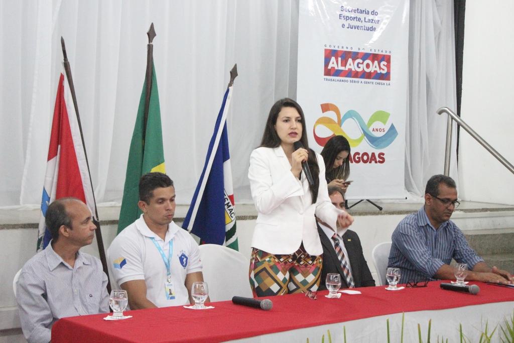 Secretária do Esporte, Lazer e Juventude, Claudia Petuba